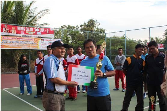 Turnamen Tenis Dies Natalis Unib :  Diknas B Juara I, Universitas Jambi Juara II
