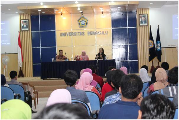 AMINEF Presentasi Beasiswa Fulbright di Unib