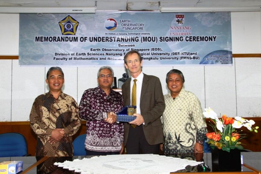 UNIB Bekerjasama dengan NTU Singapura