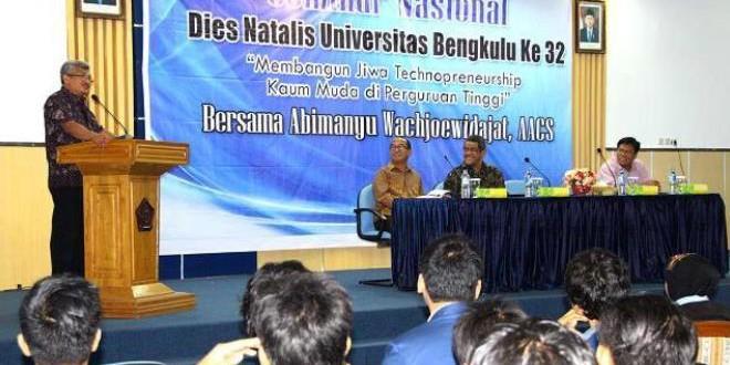 Seminar Nasional Technopreneurship Bersama Abimanyu Wachjoewidajat