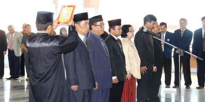 Pelantikan Wakil Rektor, Dekan FMIPA dan Wakil Dekan Fisip