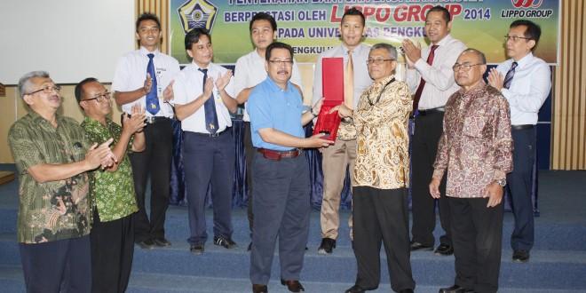 Lippo Group Bantu Rp150 Juta untuk Mahasiswa Berprestasi