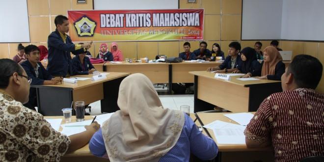 Fakultas Pertanian Juara Lomba Debat Kritis Mahasiswa 2014
