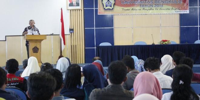 342 Mahasiswa Berprestasi Dapat Penghargaan