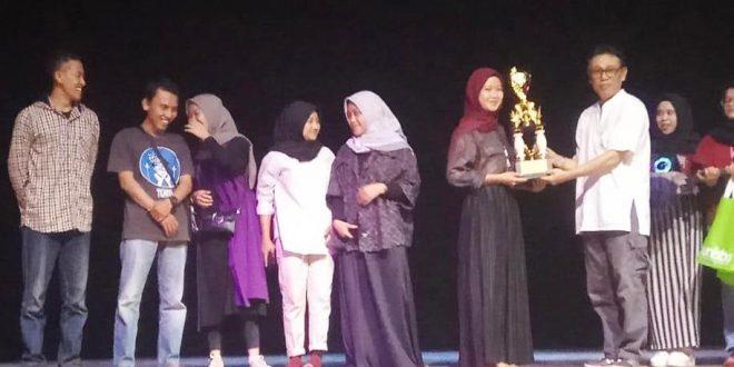 Teater Besurek UNIB Raih Juara III Festival Monolog Nasional STUBA